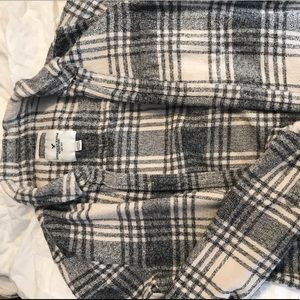 Off-white and Grey AEO Flannel